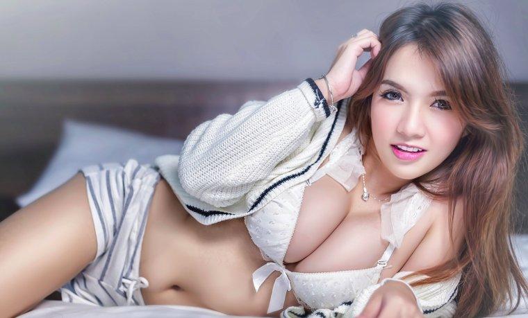 Азиатки с большой грудью - Фото грудастых девушек из Азии 12