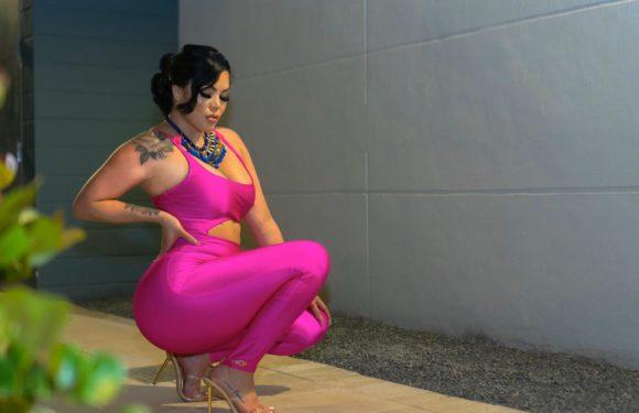Шейла Фонг – модель Плюс Сайз с огромной попой