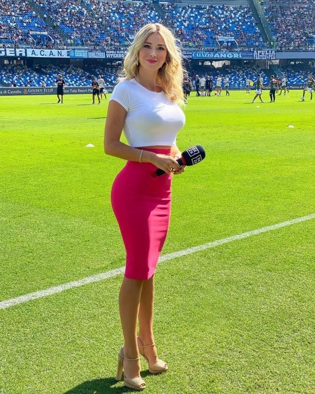 Дилетта Леотта - шикарная итальянская журналистка (Фото) 14