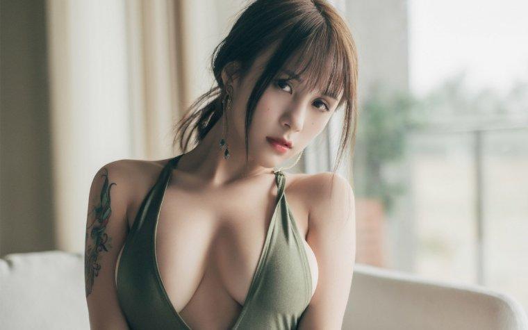 Азиатки с большой грудью - Фото грудастых девушек из Азии 13