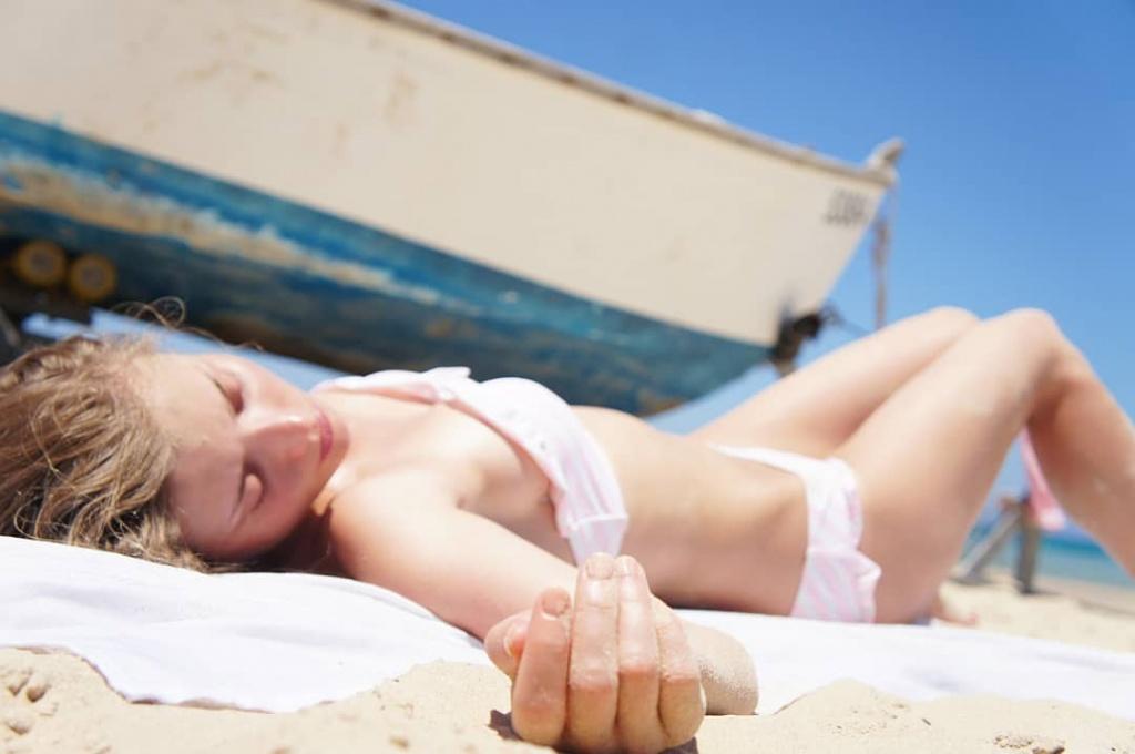 Самые горячие фото Алины Ланиной: в купальнике и нижнем белье 1