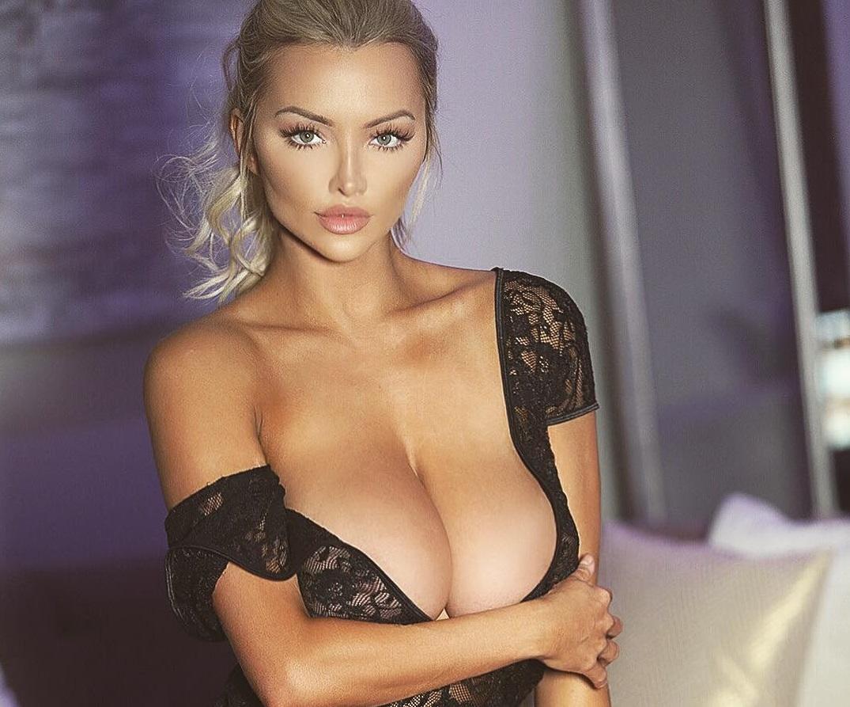Линдси Пелас (Lindsey Pelas) - сексуальная американка с 8-м размером груди 3