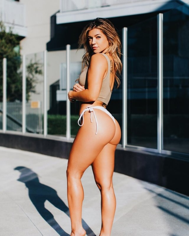 Никки Блэккеттер (Nikki Blackketter) - фитнес-богиня из США 10