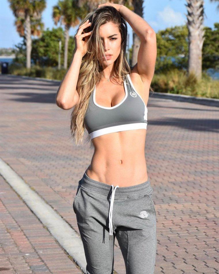 Очень красивые фитнес модели (53 ФОТО) 42