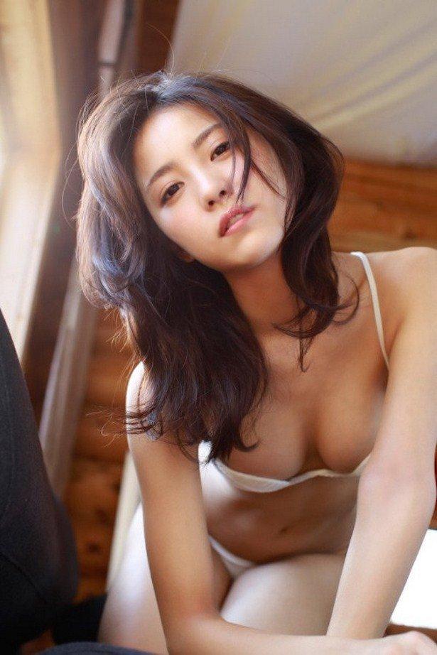 Сексуальные азиатки - фото красавиц Азии 20
