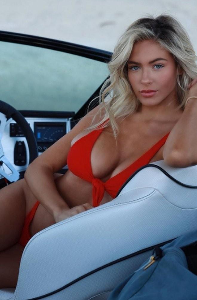 Ханна Палмер - горячие фото блондинки в красном 5