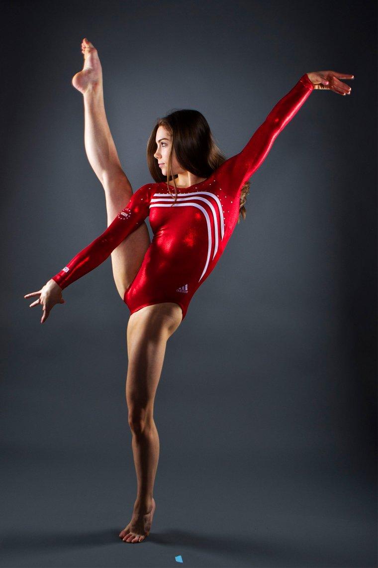 Фото красивых гимнасток: гибкие и талантливые 2