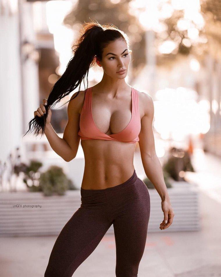Очень красивые фитнес модели (53 ФОТО) 7