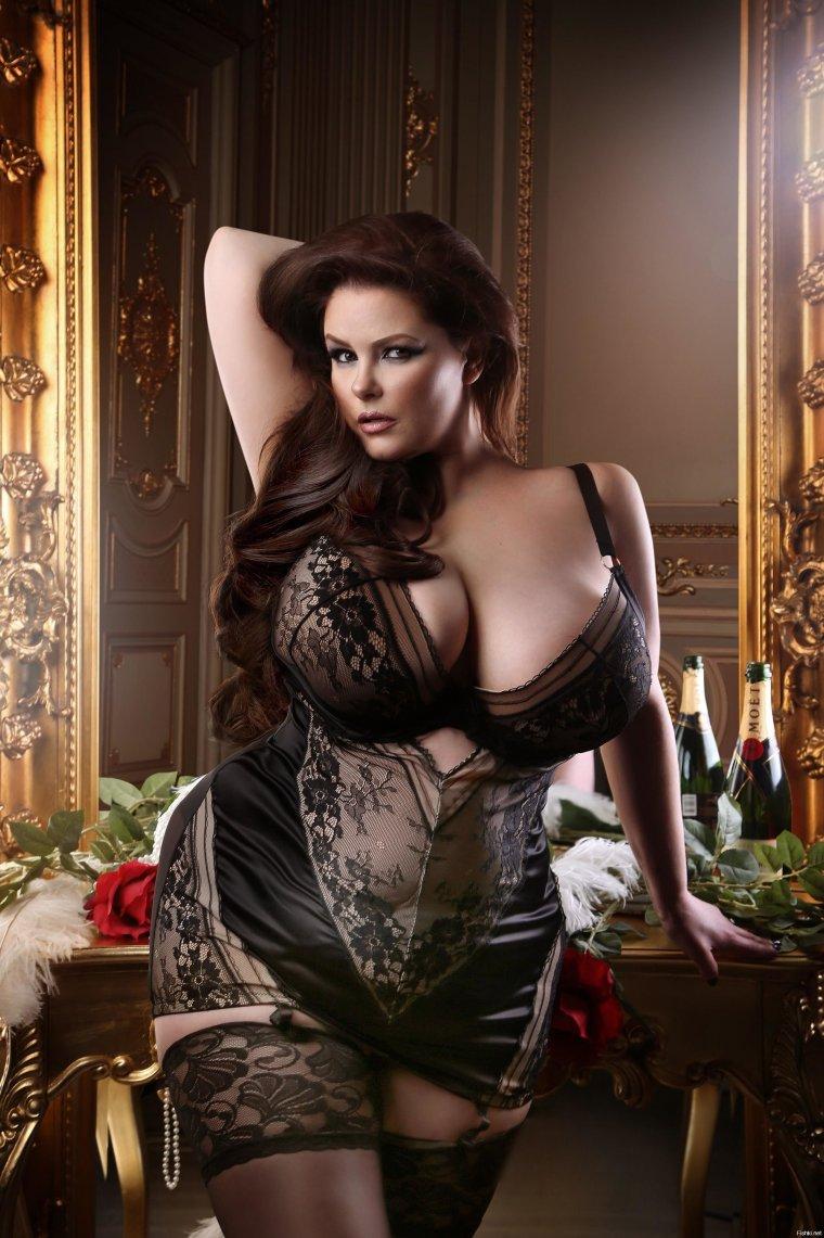 Красивые пышечки с большой грудью: фото подборочка 16