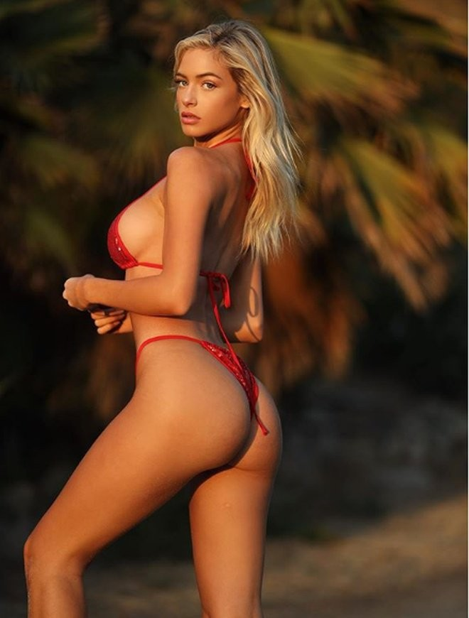Ханна Палмер - горячие фото блондинки в красном 12