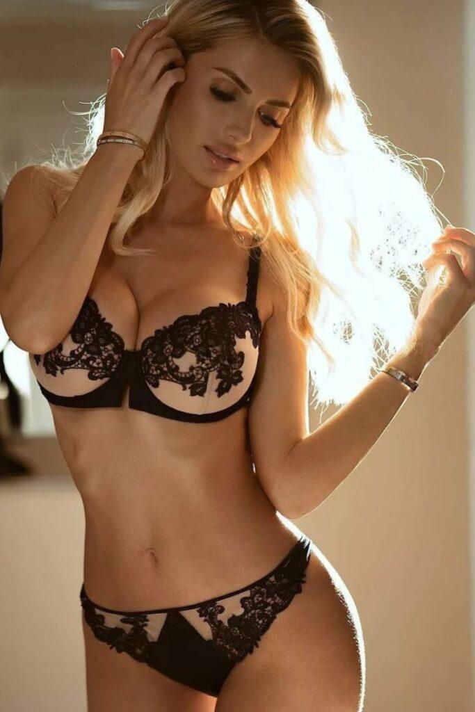Красотки в кружевном белье: наслаждайтесь изысканной роскошью 8