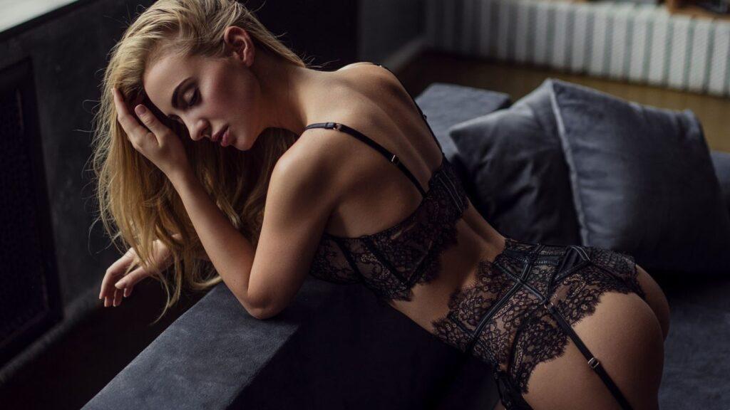 Красотки в кружевном белье: наслаждайтесь изысканной роскошью 12