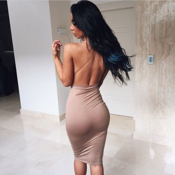 Жгучие брюнетки в облегающих платьях: страстные красавицы 4