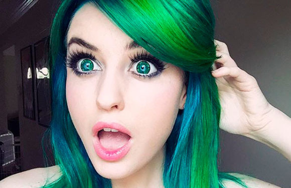 Девушки с яркими волосами: все краски мира на фотографиях