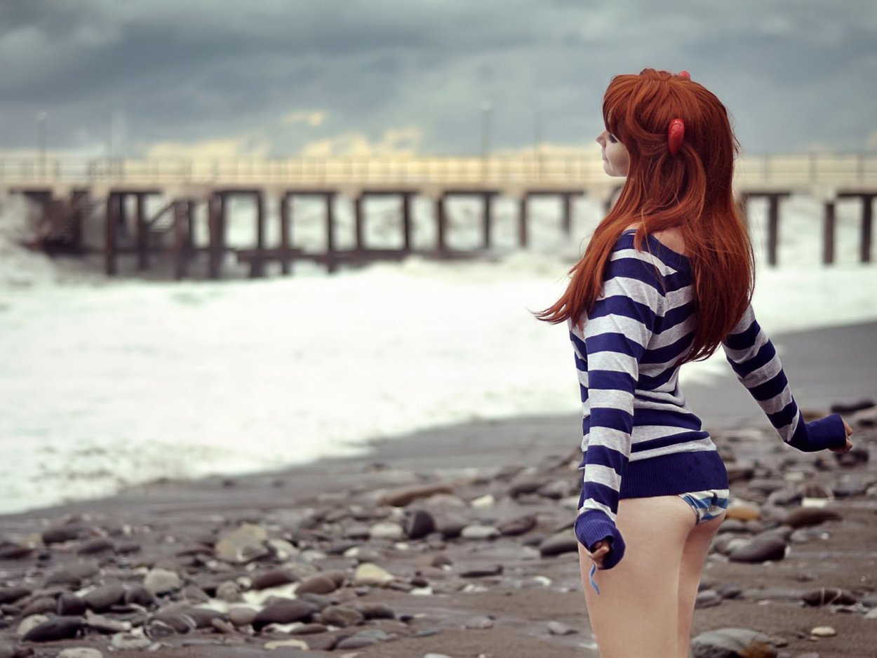 Красивые рыжие девушки в купальниках: жаркие фото 13