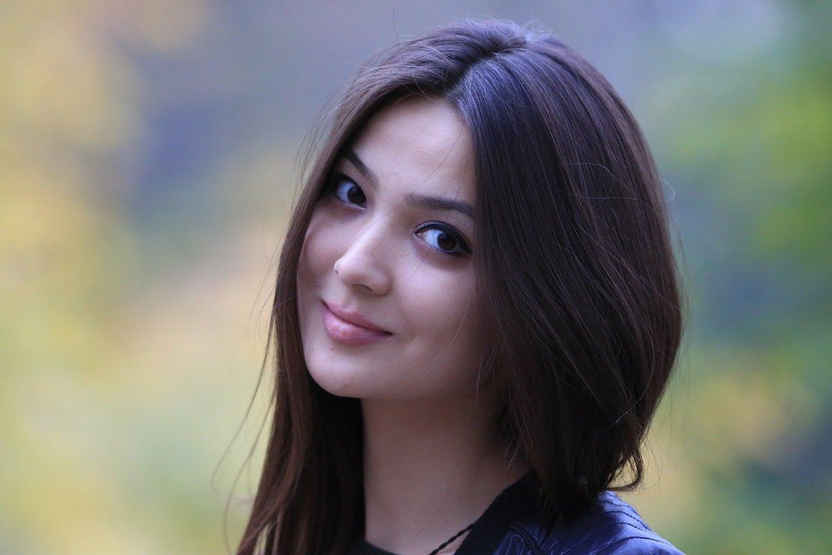 Красивые казашки покоряют мир: шикарные девчонки 7