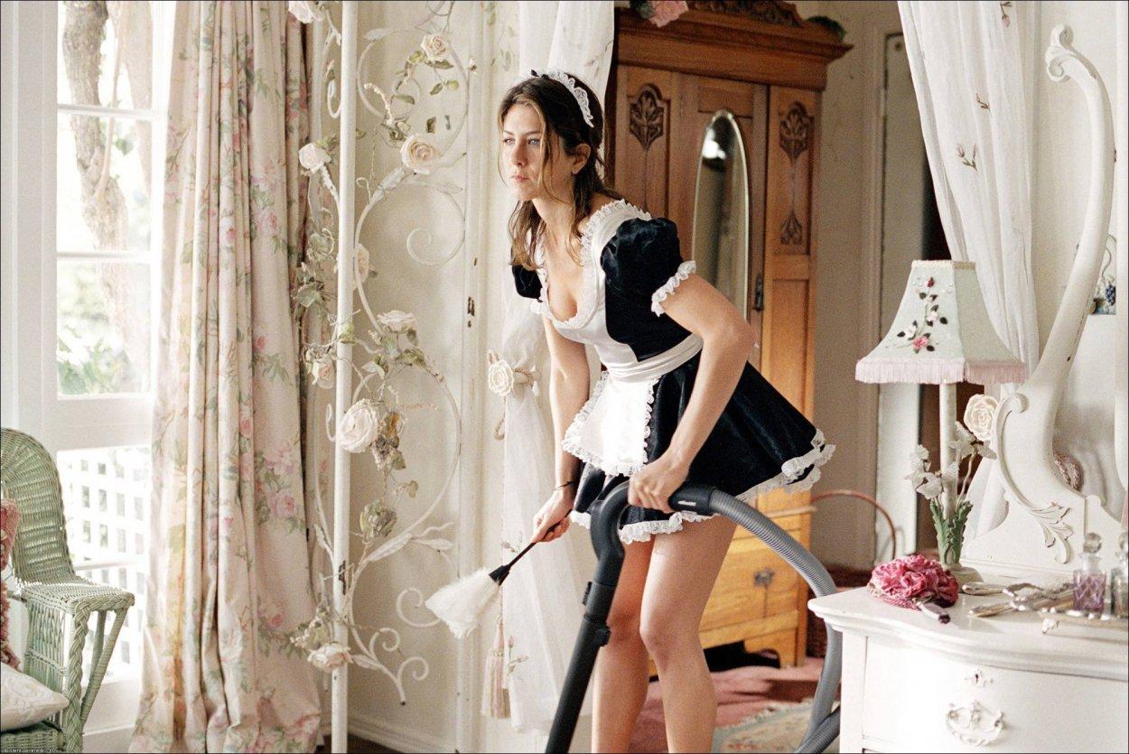 Сексуальные горничные: как вам такие домработницы? 6