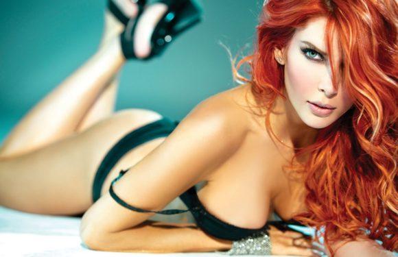 Красивые рыжие девушки в купальниках: жаркие фото