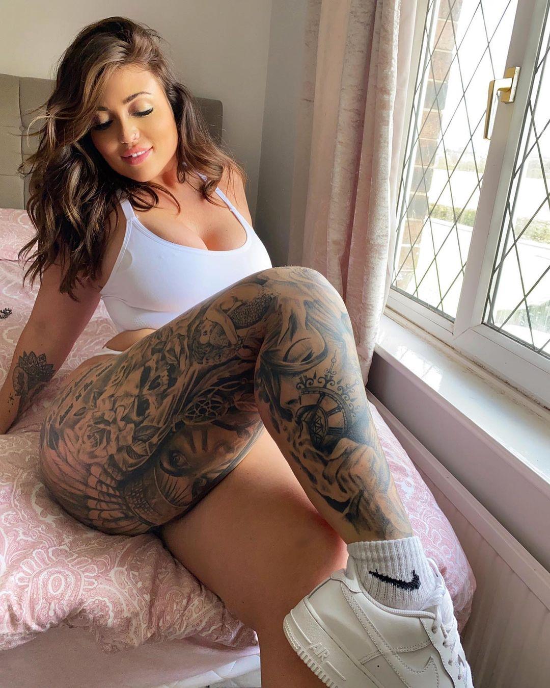 Hannah Jane (Ханна Джейн) - попастая британка с татуировками (22 фото) 4