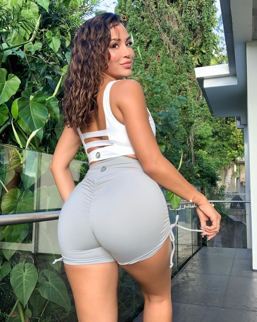 Ана Чери (Ana Cherí) - Самая горячая модель и фитнес тренер 29