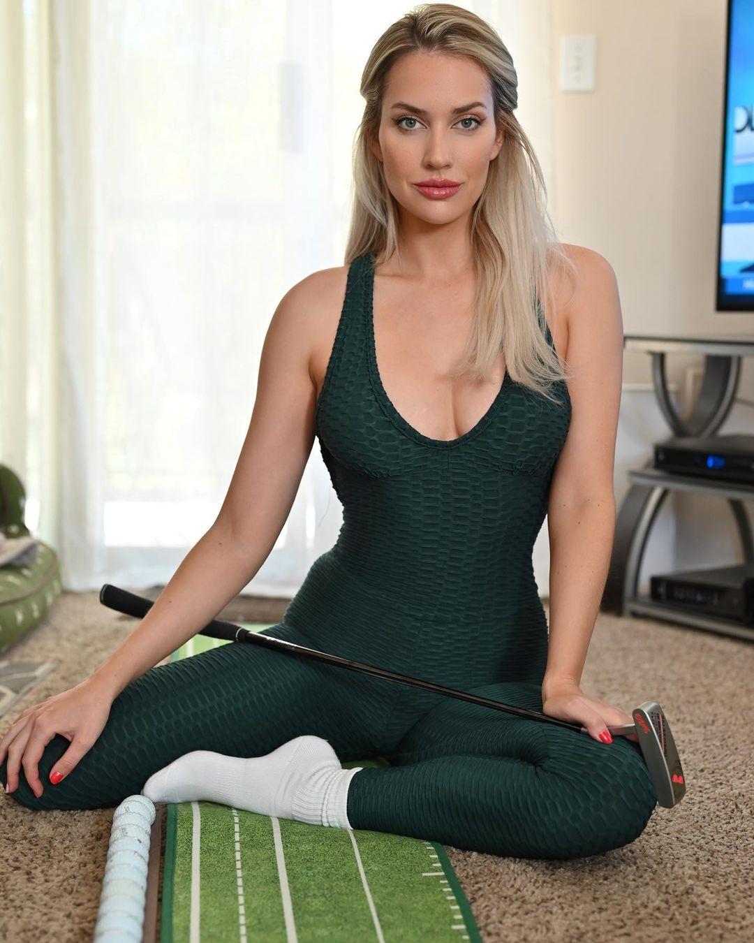 Paige Spiranac (Пейдж Спиранак) - Самая сексуальная гольфистка в Мире 10