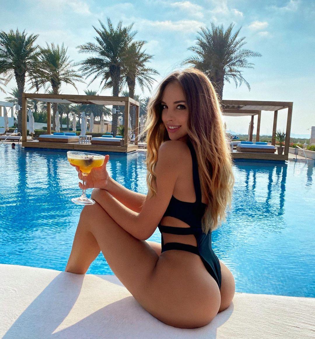 Вероника Белик (Veronica Bielik) - шикарная красотка с более 3 млн подписчиков (28 Фото) 10
