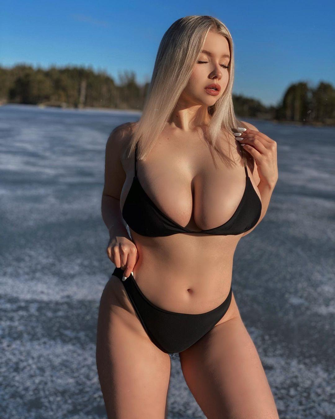 Красивые русые девушки с длинными волосами: сексуальные фото 4