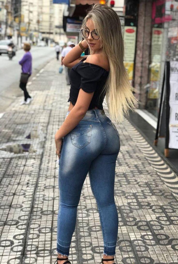 Красотки в джинсах: когда есть что подчеркнуть (20 Фото) 1