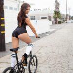 Самые сексуальные велосипедистки: таких не обгонишь 14