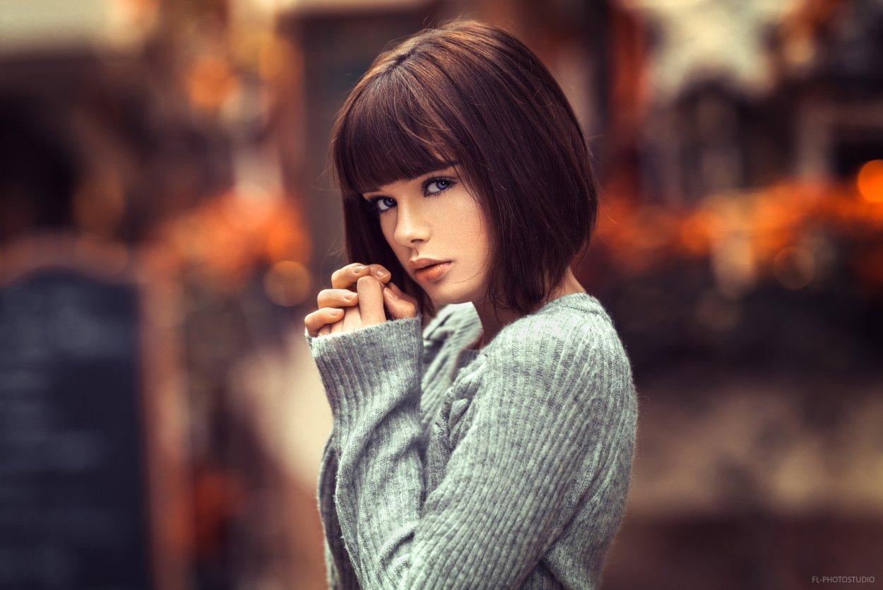 Шикарные девушки с каре: сексуальные брюнетки и блондинки с волосами до плеч 24