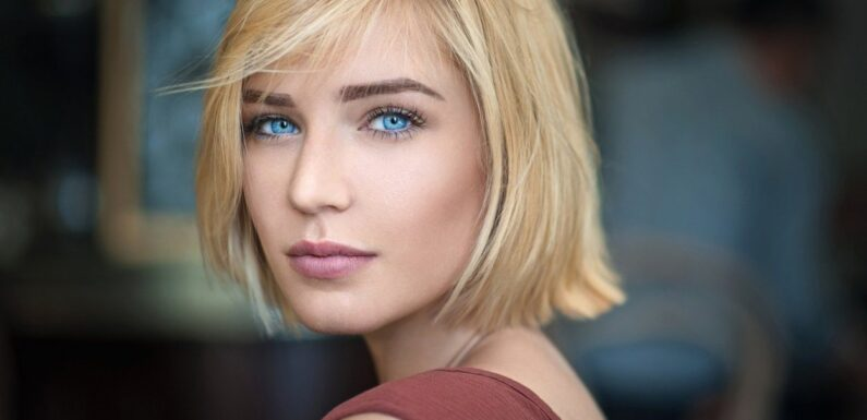 Шикарные девушки с каре: сексуальные брюнетки и блондинки с волосами до плеч