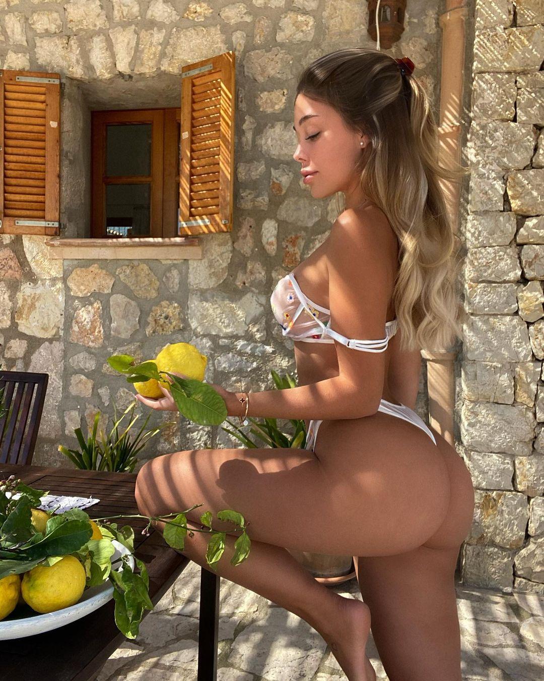 Madeline Mercedes - очаровательная милашка из Instagam 21