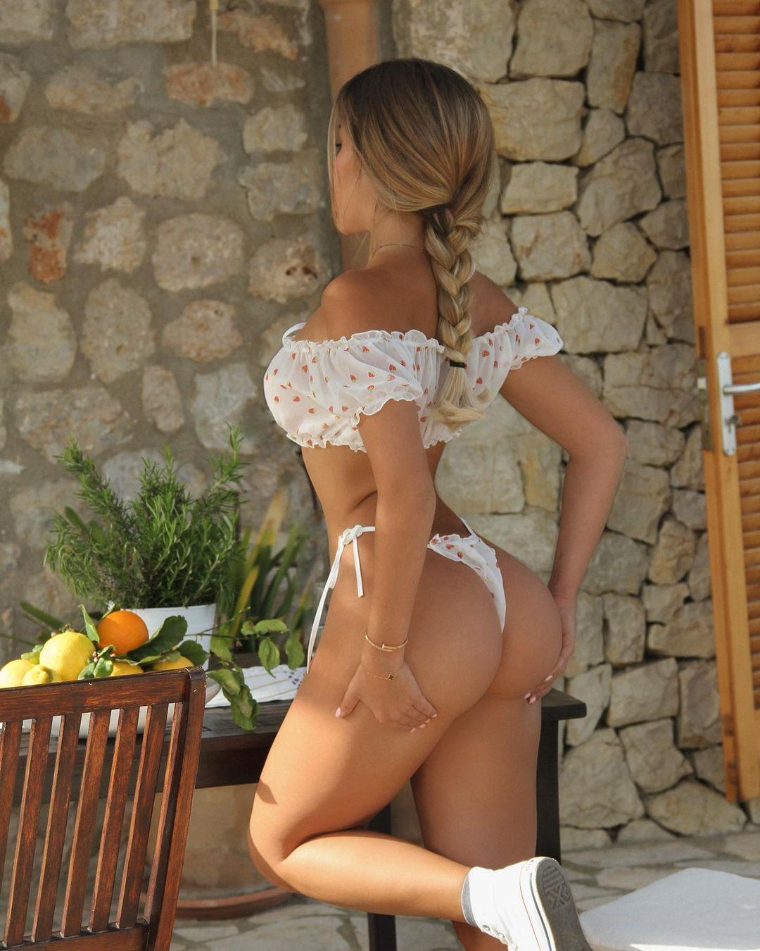 Madeline Mercedes - очаровательная милашка из Instagam 22