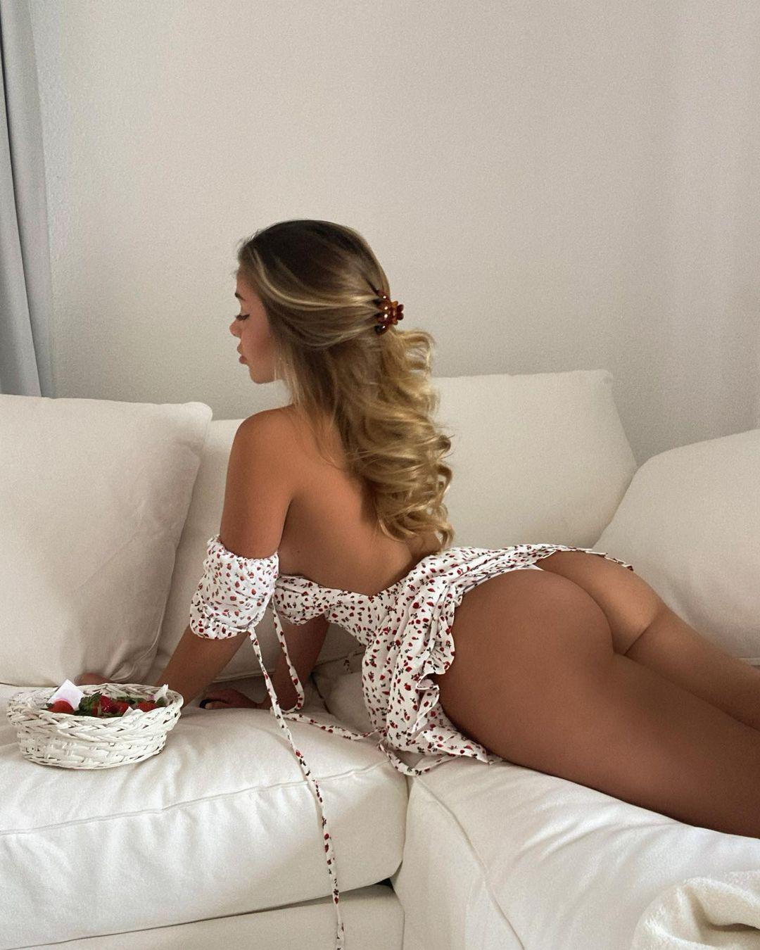 Madeline Mercedes - очаровательная милашка из Instagam 26