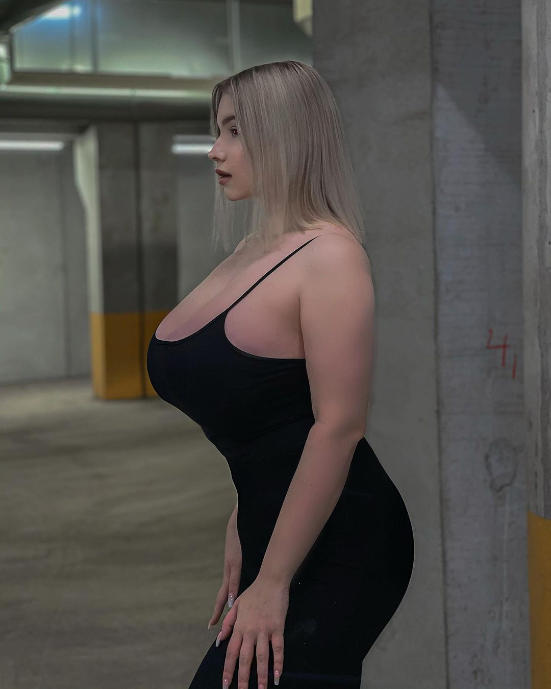 Прасковья Позднякова (Pasha Pozdniakova) - финская красотка с огромной грудью 22