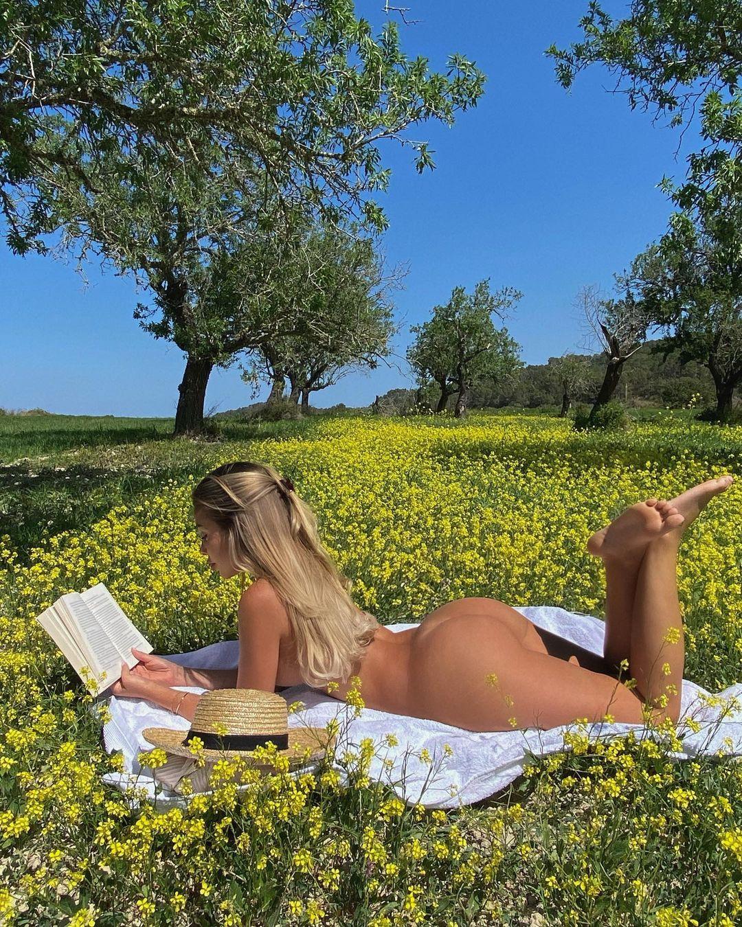Madeline Mercedes - очаровательная милашка из Instagam 28