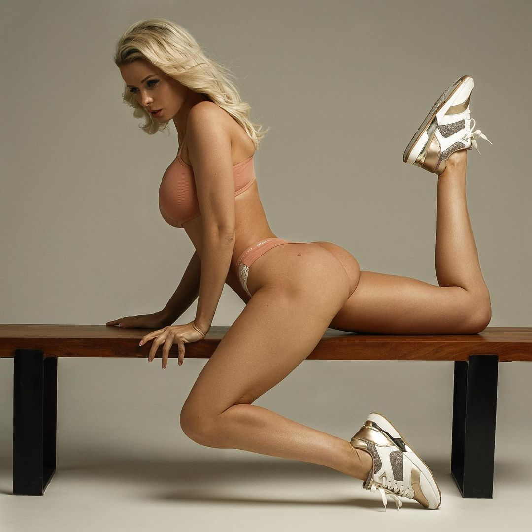 Екатерина Енокаева (Ekaterina Enokaeva) - Фото шикарной модели из Санкт-Петербурга 15