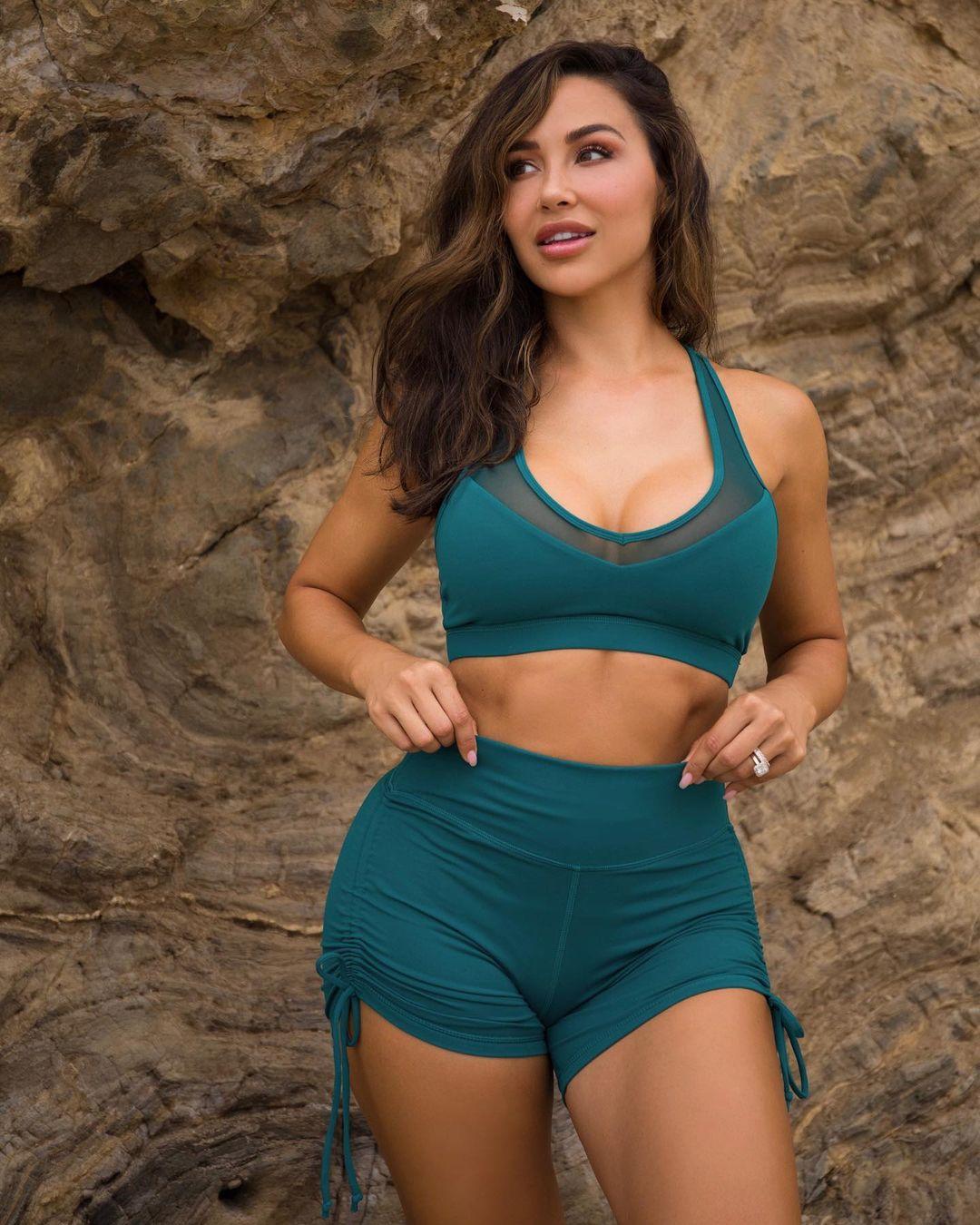 Ана Чери (Ana Cherí) - Самая горячая модель и фитнес тренер 11