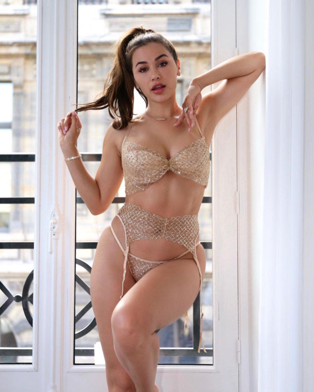 Ана Чери (Ana Cherí) - Самая горячая модель и фитнес тренер 13