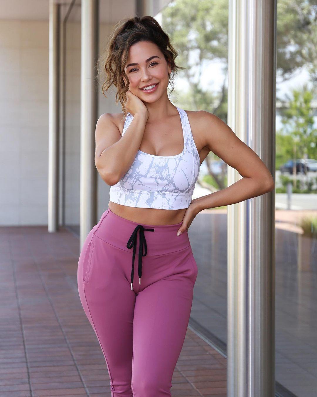 Ана Чери (Ana Cherí) - Самая горячая модель и фитнес тренер 17
