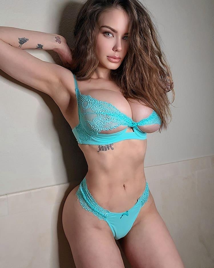 Calista Melissa (Калиста Мелисса) - Самая сексуальная 40-летняя инста модель 1
