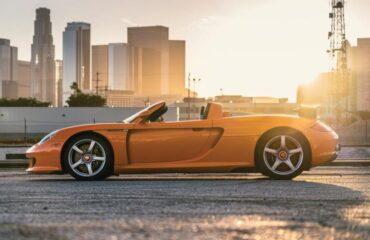 """Porsche Carrera GT — яркий и свирепый суперкар с """"механикой"""""""